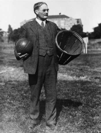 quien invento el balon de basquetbol