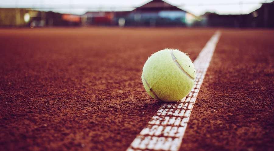 bola de tennis
